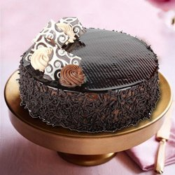 Dream-of-Delicacy 2.2 Lb Truffle Cake to Garia