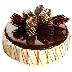 Frosting Savory 2 Kg Truffle Cake to Murshidabad