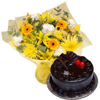 Brilliant Mixed Flower Hand Bunch with Chocos Truffle Cake to Garia