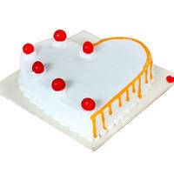 Tempting Heart-Shape Vanilla Cake to Cooch behar
