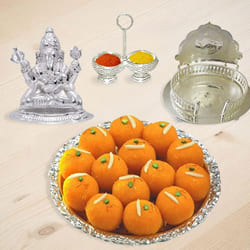 Auspicious Ganeshji Hamper with Sweets to Garia