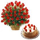 Radiant Roses bunch with mouthwatering Black Forest cake to South 24 parganas