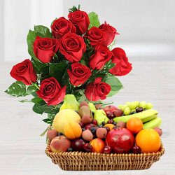 Stunning Red Roses and delish Fruits to Darjiling