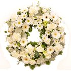 Awesome mixed Flower wreath to Birbhum