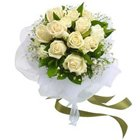 Zesty Collection of White Roses Bunch to Hooghly