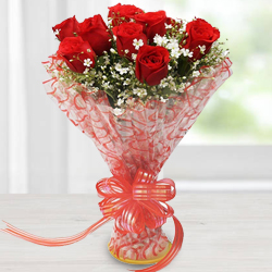 Breathless Luxury Red Roses Bouquet to Howrah