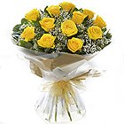 Rich Thanksgiving Yellow Roses Bundle to Darjiling