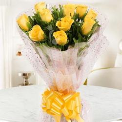 Unique Royal Treatment Ten Yellow Roses Bouquet to Barasat
