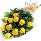 Artful Serenity of Love Yellow Roses Bunch to Behala