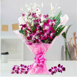 Elegant World Class Orchids Bouquet to Bakura