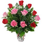 Sweetheart Floral Arrangement in a Glass Vase to Garia
