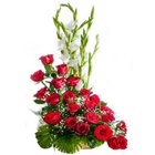Stunning Fifteen Red Coloured Roses Premium Arrangement to Salt lake