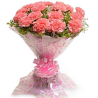 Deliver an attractive Pink Carnations Bouquet to Madhyamgram