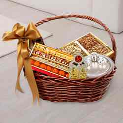 Remarkable Divinity Gift Hamper Basket to Burdwan