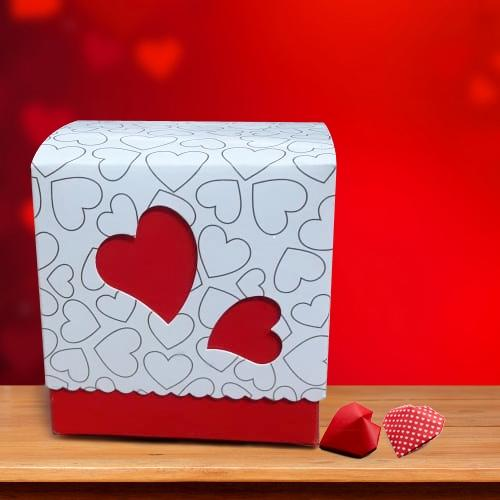 Lip-Smacking Heart Shape Homemade Chocolate Box