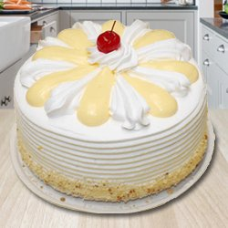 Tempting 2 Kg Vanilla Cake from 3/4 Star Bakery
