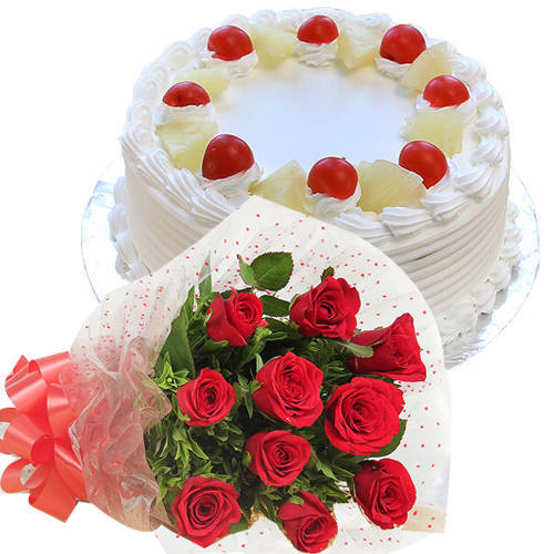 Shop Red Roses Bunch with Pineapple Cake Online