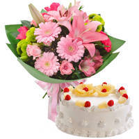 Yummy Pineapple Flavor Cake with Twelve Mixed Flowers Bunch