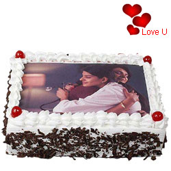 Satisfying V-day Gift of Black Forest Photo Cake