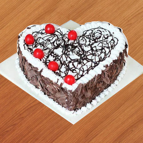 Buy Online Black Forest Cake in Heart-Shape