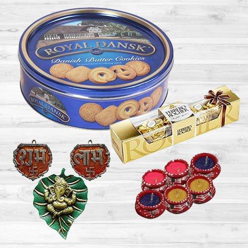 Precious Arrangement of Festive Gift Items