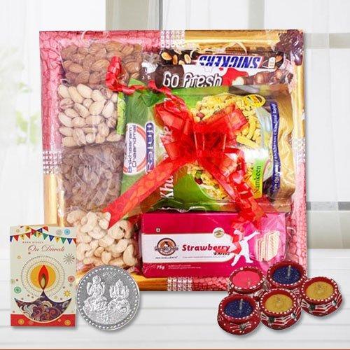 Perfect Delight Diwali Hamper with Diyas N Lots