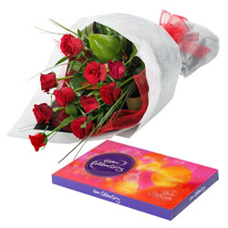 Petite Selection of Roses and Chocolates