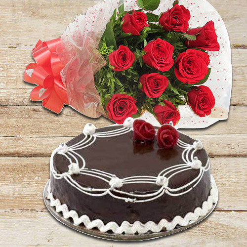 Extravagant 10 Red Roses with 1/2 Kg Chocolate Cake