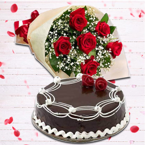 Order Online Red Roses Bouquet with Chocolate Cake