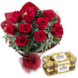 Loving Combo of Red Roses Bouquet with Lip-Smacking Ferrero Rocher Chocolate