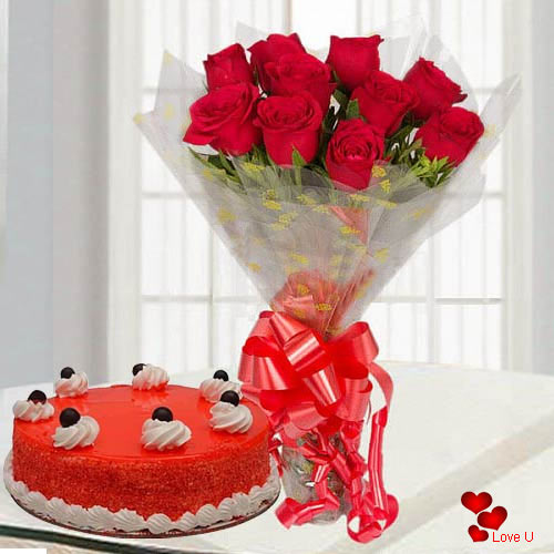 Beautifully Arranged Red Roses Bouquet with Red Velvet Cake
