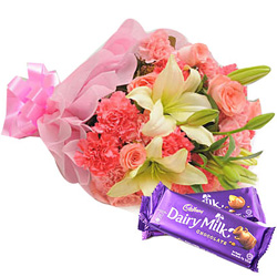 Send Gift of Mixed Flower Bouquet with Cadbury Celebration Online
