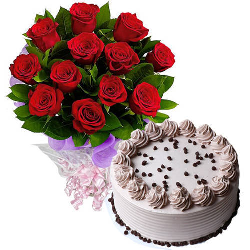 Deliver Combo Gift of Coffee Cake N Red Roses Bouquet Online