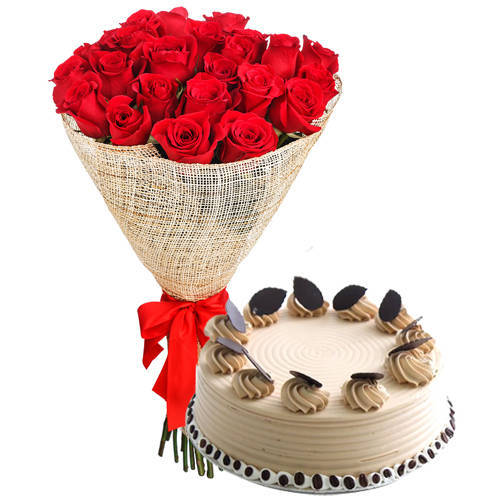 Send Combo Gift of Red Roses Arrangement n Coffee Cake Online