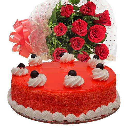 Gift Online Red Roses Bouquet with Red Velvet Cake