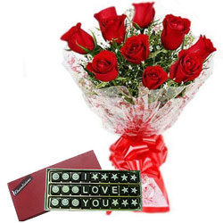 Eye-Catching Combo of I Love You Chocolate N Red Roses Bouquet