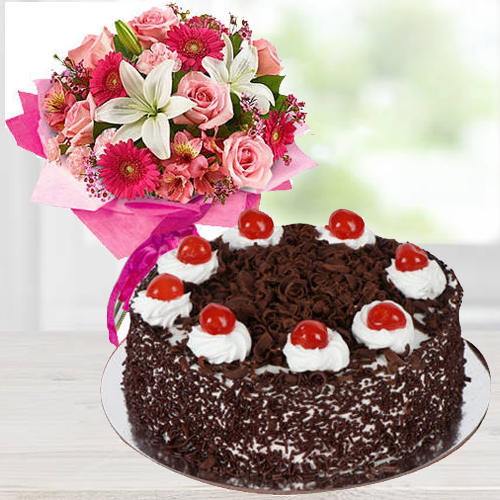 Gift Mixed Floral Arrangement n Black Forest Cake Online