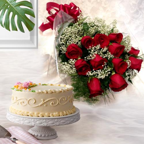 Extraordinary 12 Dutch Red Roses with 1 Kg Eggless Cake