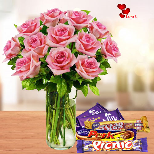Send Online Pink Roses in a Vase with Chocolates Assortments