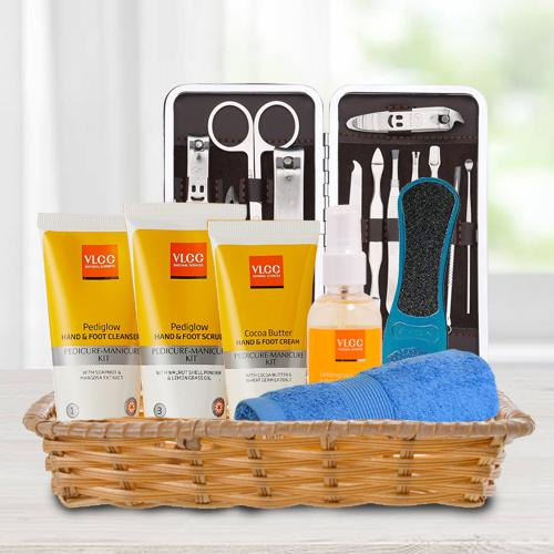 Ideal Present of VLCC Essential Foot Products in Basket