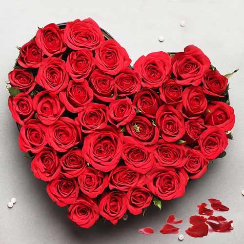 Red Roses in a bonny Heart Shape arrangement