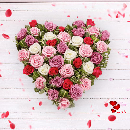 Online Order Heart Shape Mixed Roses Arrangement