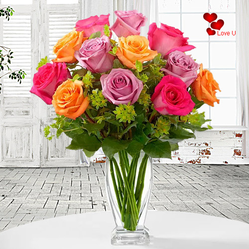 Send Mixed Roses in a Vase Online