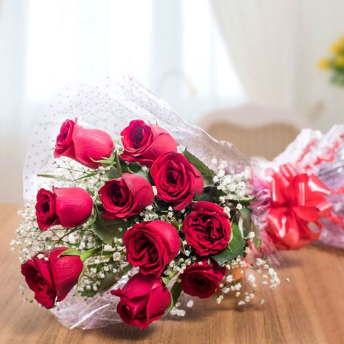 Valentines Day Gift of Red Roses Bouquet