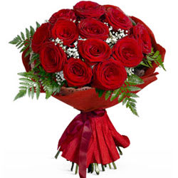 Royal Enchantment 12 Roses Bouquet