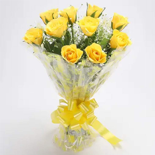 Modern Wishful Yellow Roses Blessings Bunch