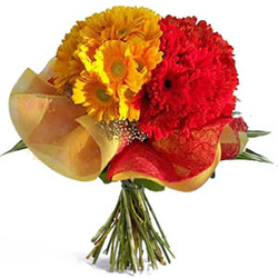 Glistening Grace Gerberas Special Bouquet