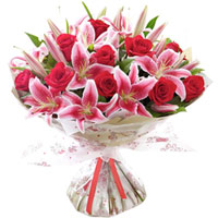 Charming Red Roses N Pink Lilies Bunch