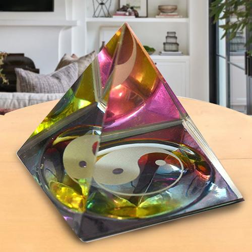 Yin -Yan Pyramid