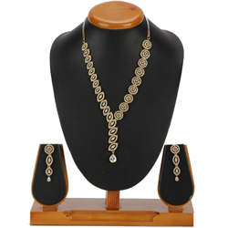 Plentiful Appeal Necklace with Earrings Set